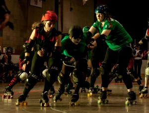 Miracle Whips jamming against the Thames Fatales. (Photo by Joe Mac)
