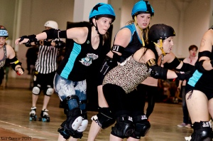 Betties co-captains Hailey Copter (jammer) and Misery Mae will need to have strong games for the Betties to succeed. (Photo by Neil Gunner)